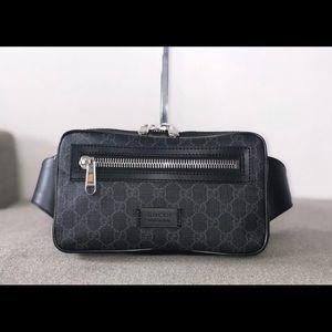 GUCCI GG Supreme Belt Fanny Bag Black